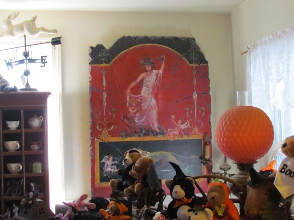 Pompeii like art on wall by Kathy.